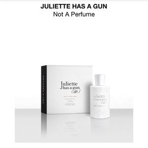 Other - 🌟NEW🌟 Juliette has a gun from Sephora